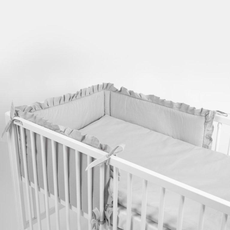 Znakomite modele funkcjonalnych ochraniaczy na łóżeczko